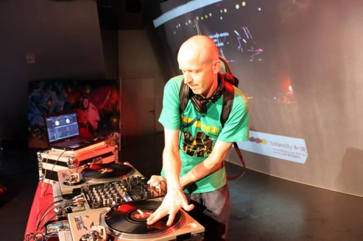 德国的DJ ZEB.ROC.SKI