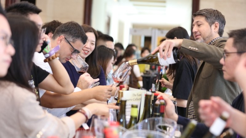 Visitors at Wine to Asia last year (pic: Wine to Asia)