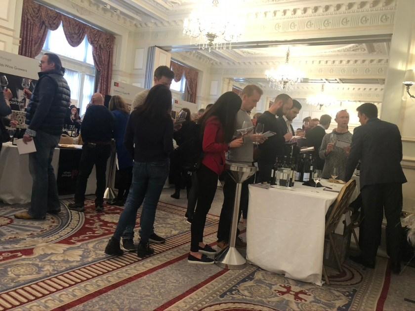 Зал фестиваля вин журнала Декантер