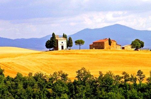 Cantine Aperte: in Toscana tutti in vespa con il Movimento Turismo Vino