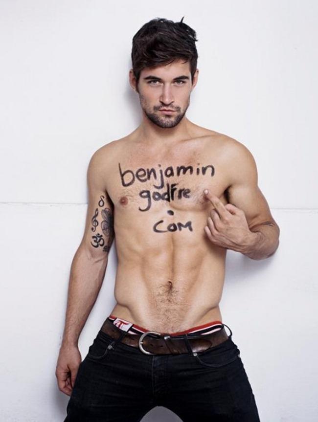 Benjamin Godfre gay hot daddy dude men porn