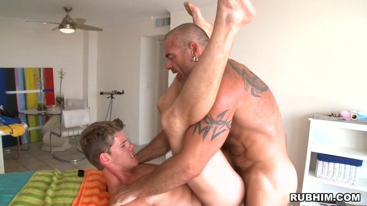 Trace Michaels fuck Jackson Klein gay hot daddy dude men porn RubHim