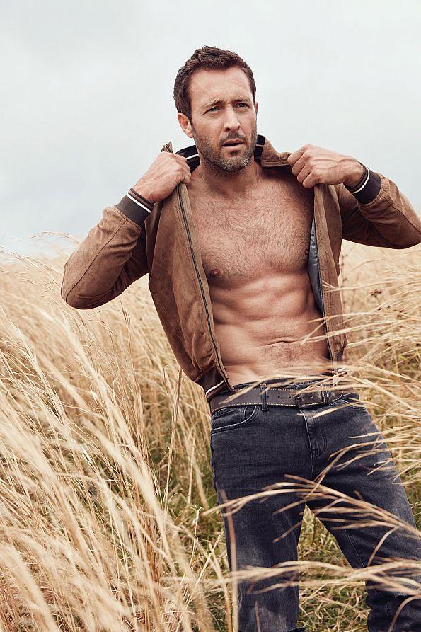 Alex O'Loughlin hot daddies dudes men