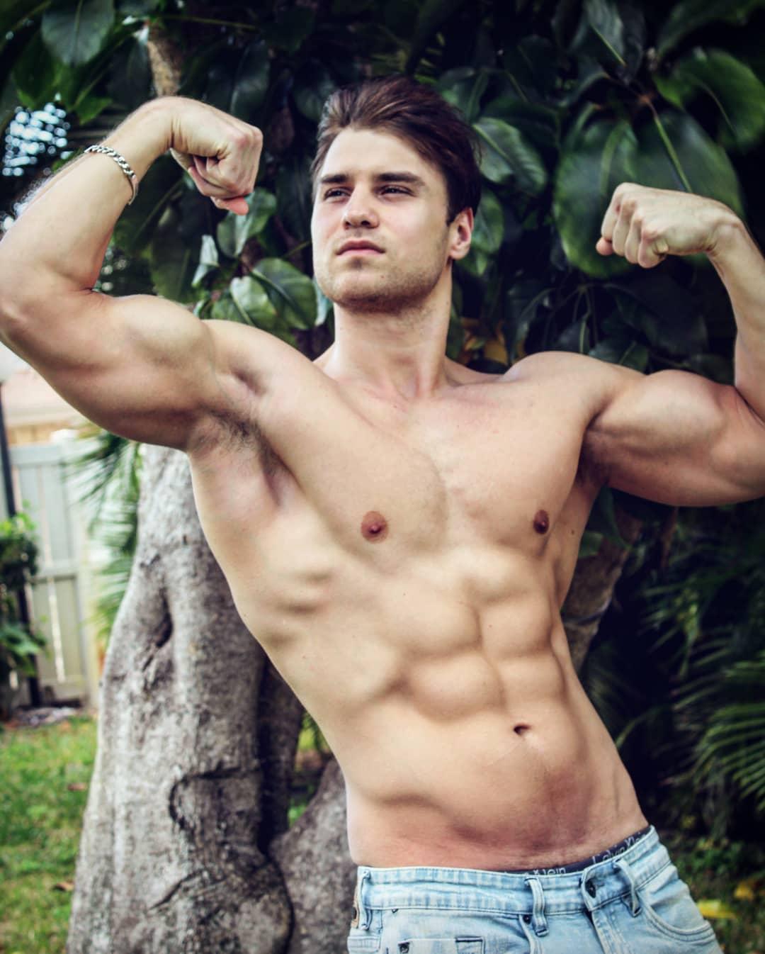 Anton Ivannikov gay hot dudes guys men