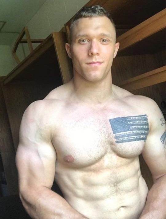 gay hot daddy dude men porn str8 military