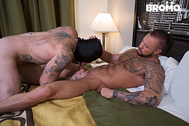Gage Unkut fuck Michael Roman gay hot daddy dude men porn Anon Breeder