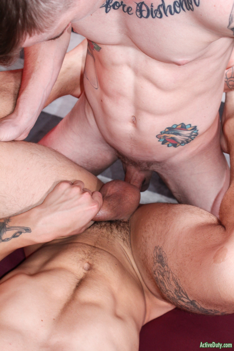 Ryan Jordan fuck Ripley Grey gay hot daddy dude men porn Active Duty