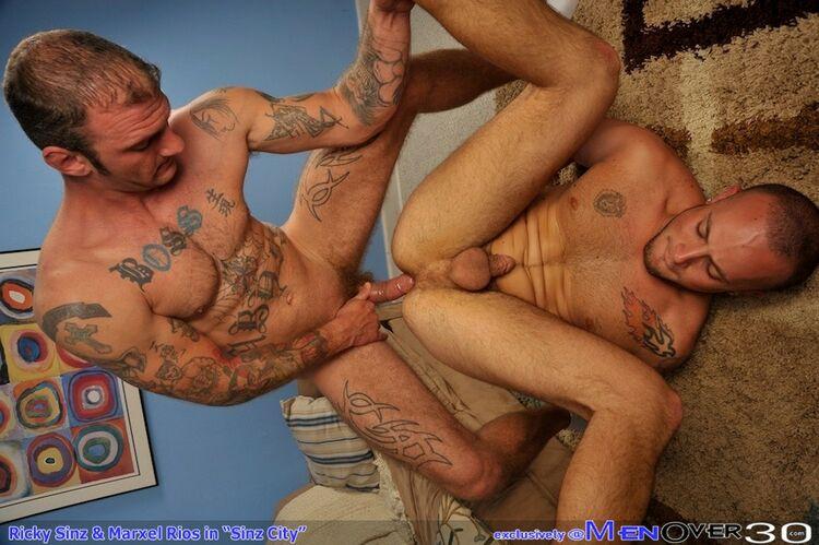 Ricky Sinz fuck Marxel Rios gay hot daddy dude men porn Sinz City