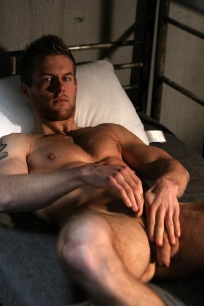 Mike Douglas Dave Duke str8 jack uk naked military Bunk Buddies