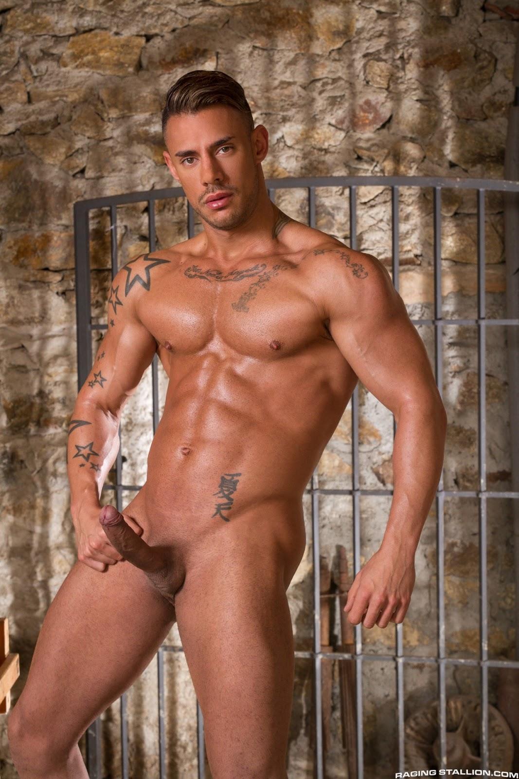 Sergyo Caruso gay hot daddy dude men porn
