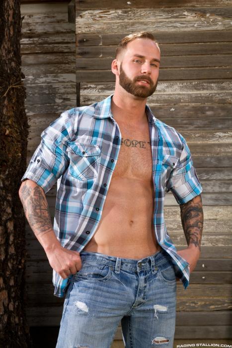 Sebastian Kross Chris Bines fuck Johnny V gay hot daddy dude men porn Total Exposure
