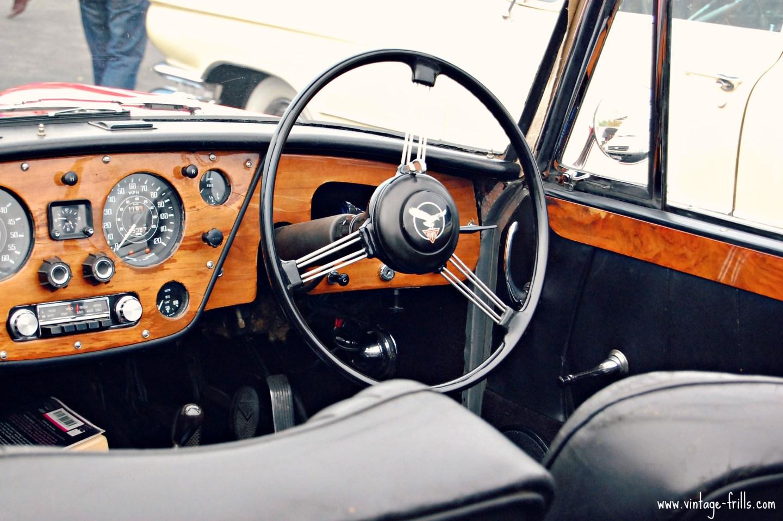 Classic Car Boot 18