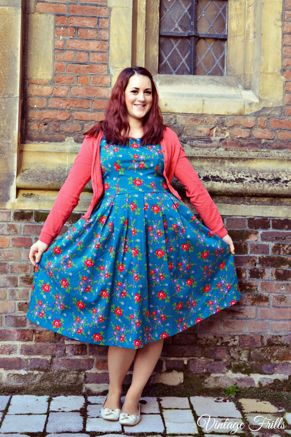 Lindy Bop, Lindy Bop Review, Lindy Bop Lana, Lindy Bop Lana Review, Reproduction Vintage, Vintage Frills, Floral Vintage Style Dress,