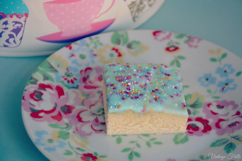 Elizabeth Craig Sponge Cake