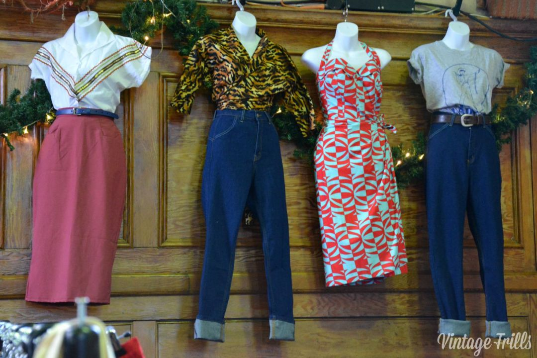 Mid Century Market Clothes