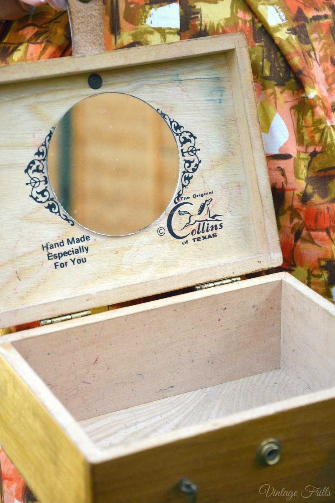 Enid Collins Box Bag Interior