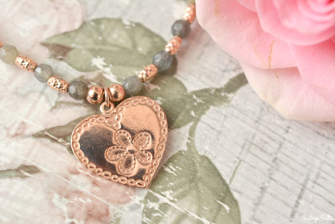 chlobo-rose-gold-heart-bracelet-review