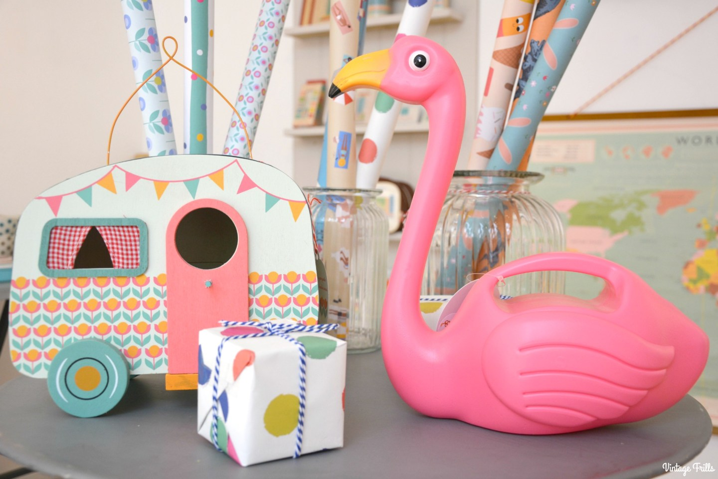 dot-com-gift-shop-christmas-flamingo-watering-can