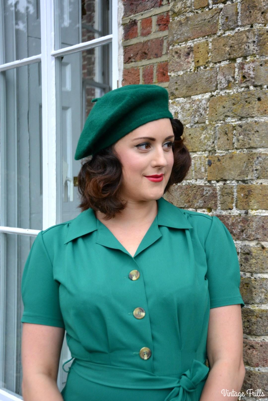 pretty-retro-pretty-green-shirt-dress-review