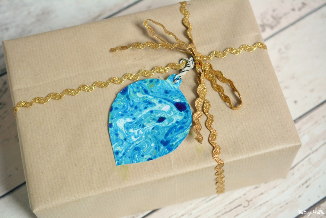 marbled-gift-tags