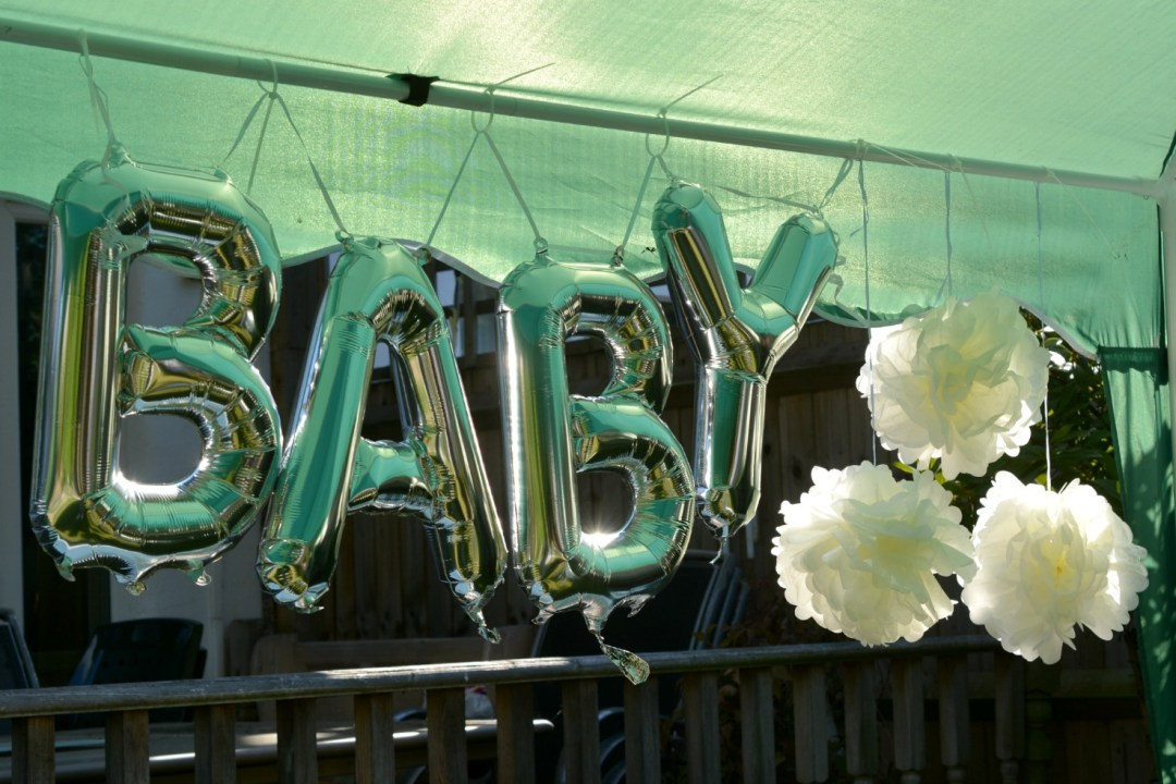 BABY SHOWER - Mint, White and Rose Gold Themed Decorations
