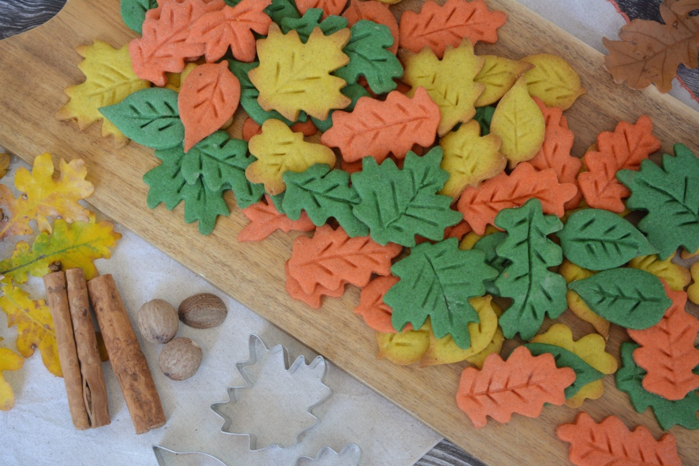 BAKING - Autumn Leaf Biscuits Recipes | Vintage Frills