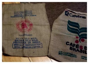 Kaffeesäcke aus Jute und Baumwoll/Kunstfaser