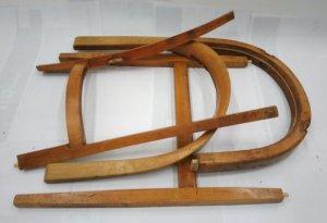 Demontierter Stuhl