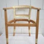 Stuhl abgeklebt