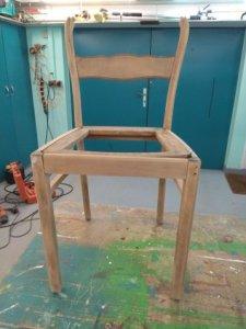 Stuhl in Bearbeitung