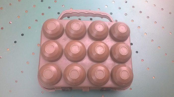 boite à œufs vintage marron