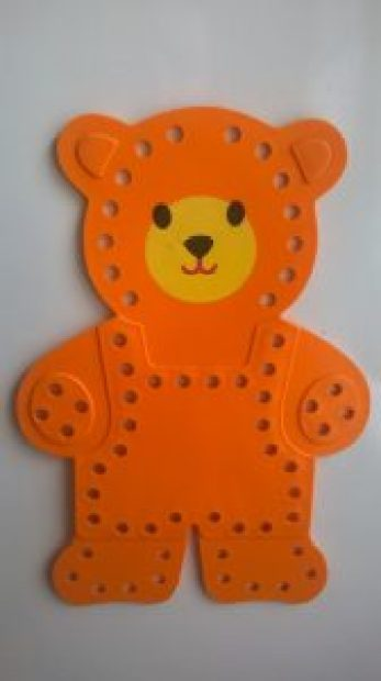 ours à lacer Fisher Price couleur orange