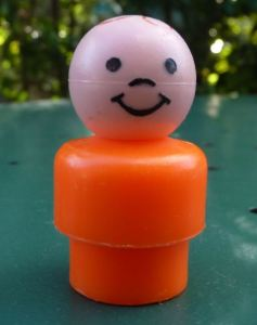 Fisher Price play family little people enfant au corps orange vintage