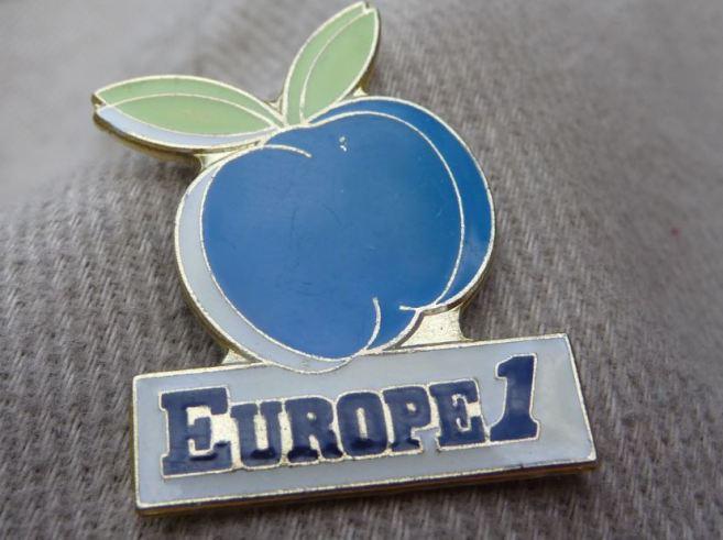 Pin's Europe 1 vintage