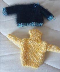 Pulls en laine tricotés main pour Barbie