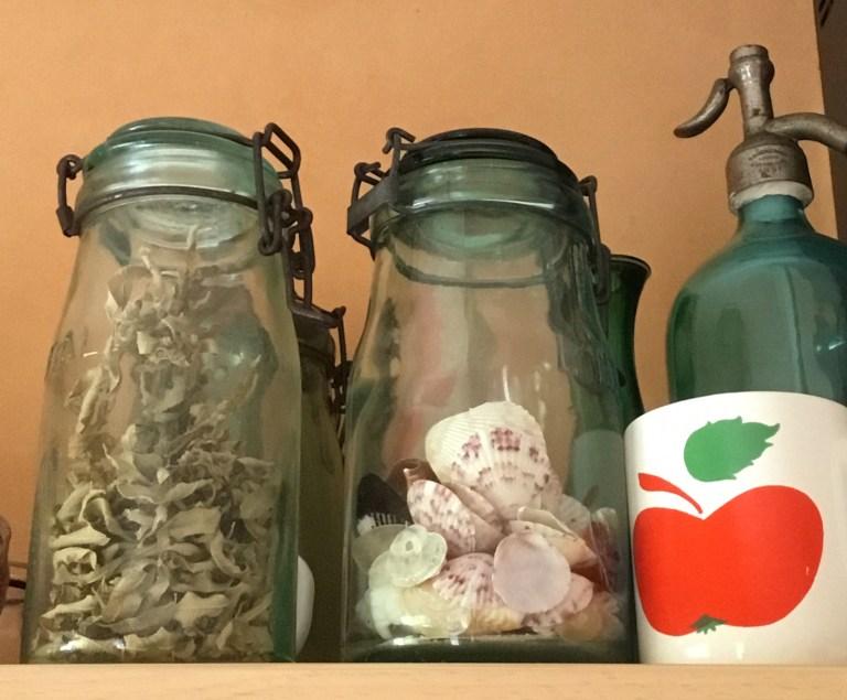 Bocal en verre vintage vert l'idéale