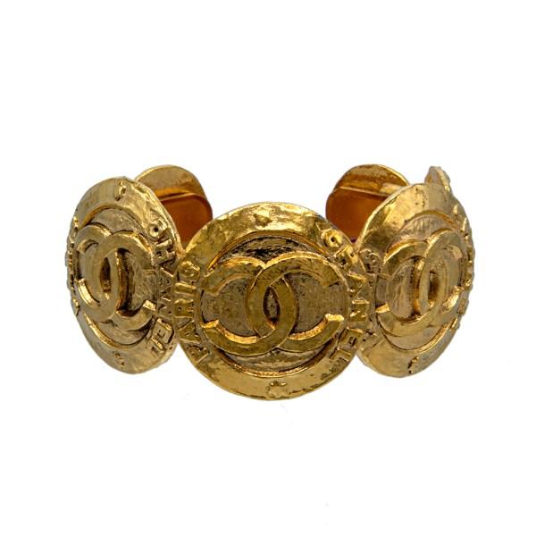 "Chanel 1 1/4"" Gilt Graduated Overlapping Disks Cuff Bracelet, 1991"