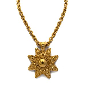 "Chanel 8-Point Star Pendant on 281/4"" Quilted Oval Link Chain, 1988"