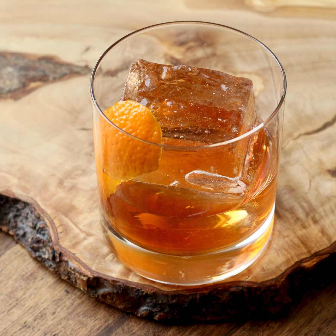 Old Fashioned Cocktail - How to Make the Prohibition Era Classic