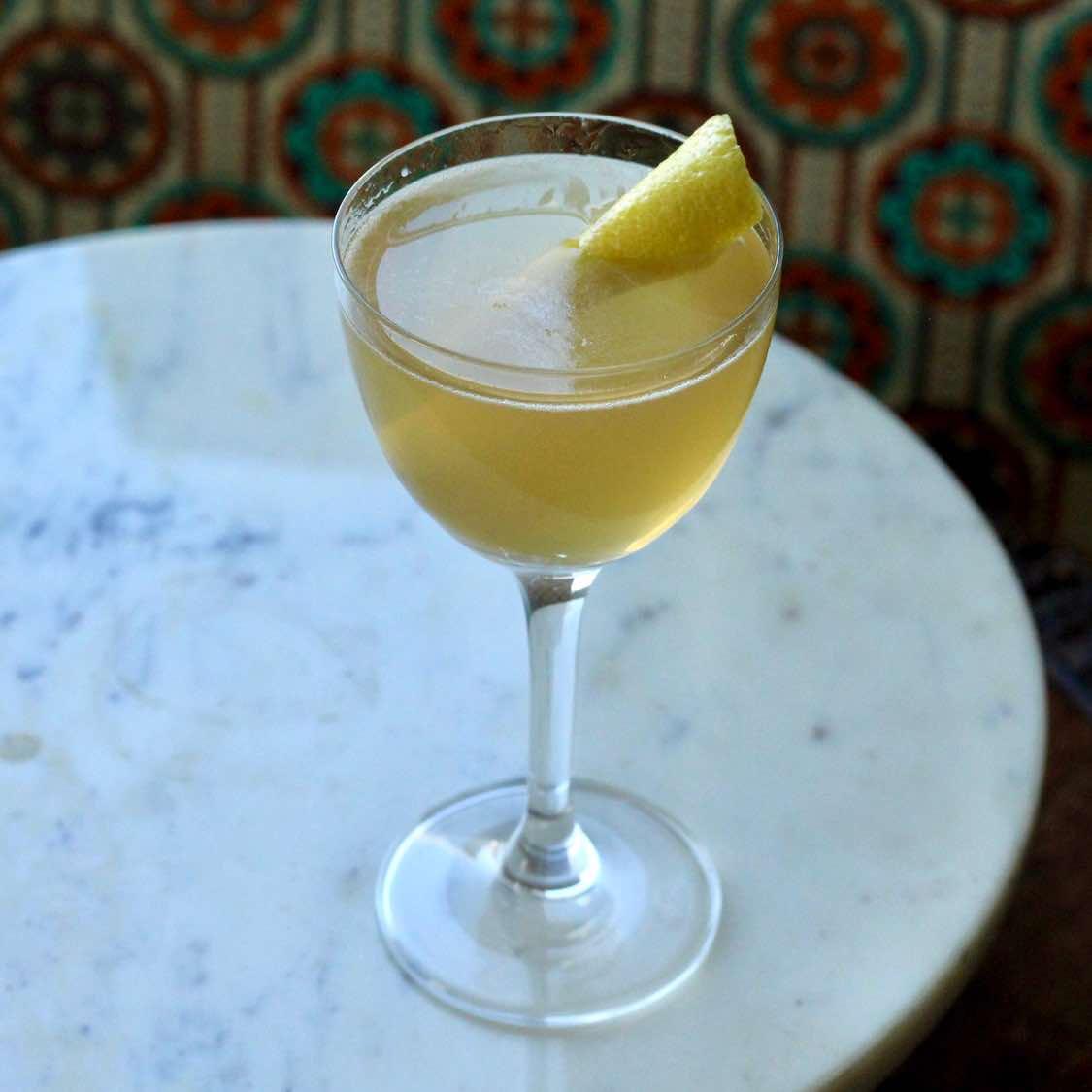 Between the Sheets Cocktail - 1930s Harry Craddock Recipe