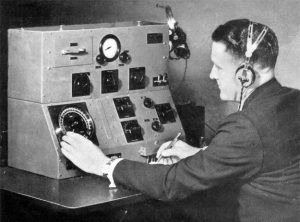 A Marconi Company Bellini-Tosi radiogoniometer used as part of the 1934 London-to-Melbourne Air Race.