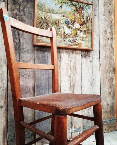 Antiek houten kinderstoel | Vintage Brabant