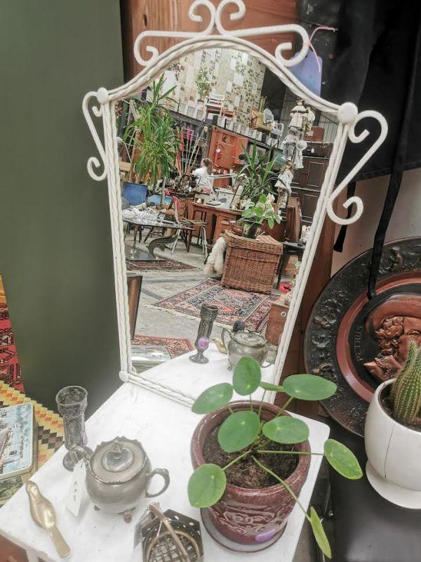 Sierlijke spiegel   Vintage brabant