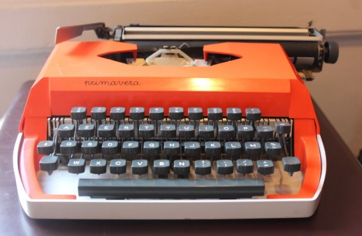 Machine à écrire mécanique Primavera Vintage