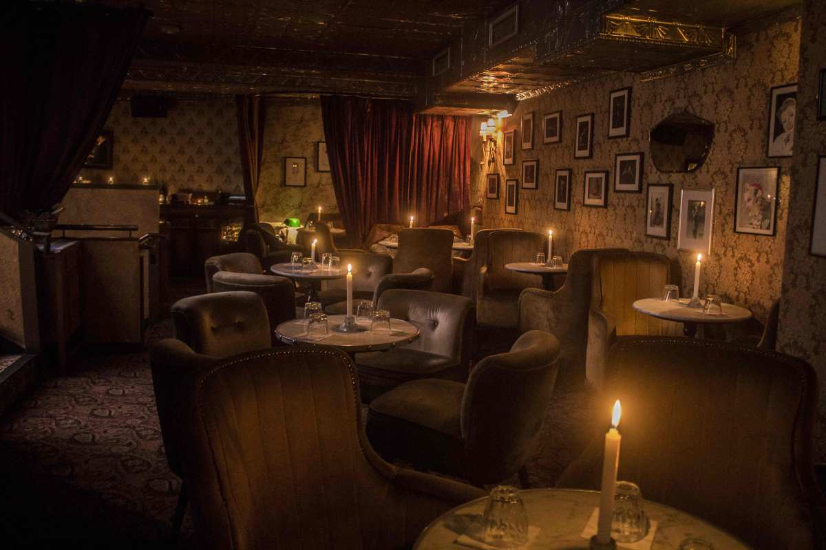 date night inspiration, date night, restaurant roulette, speakeasy, trendy restaurant, speakeasy Dublin, restaurant date, cool date venues, unique date venues, unique restaurant, vintage restaurant, vintage cocktail club, VCC review, vintage cocktails, speakeasy, Speakeasy Dublin, Dublin restaurant