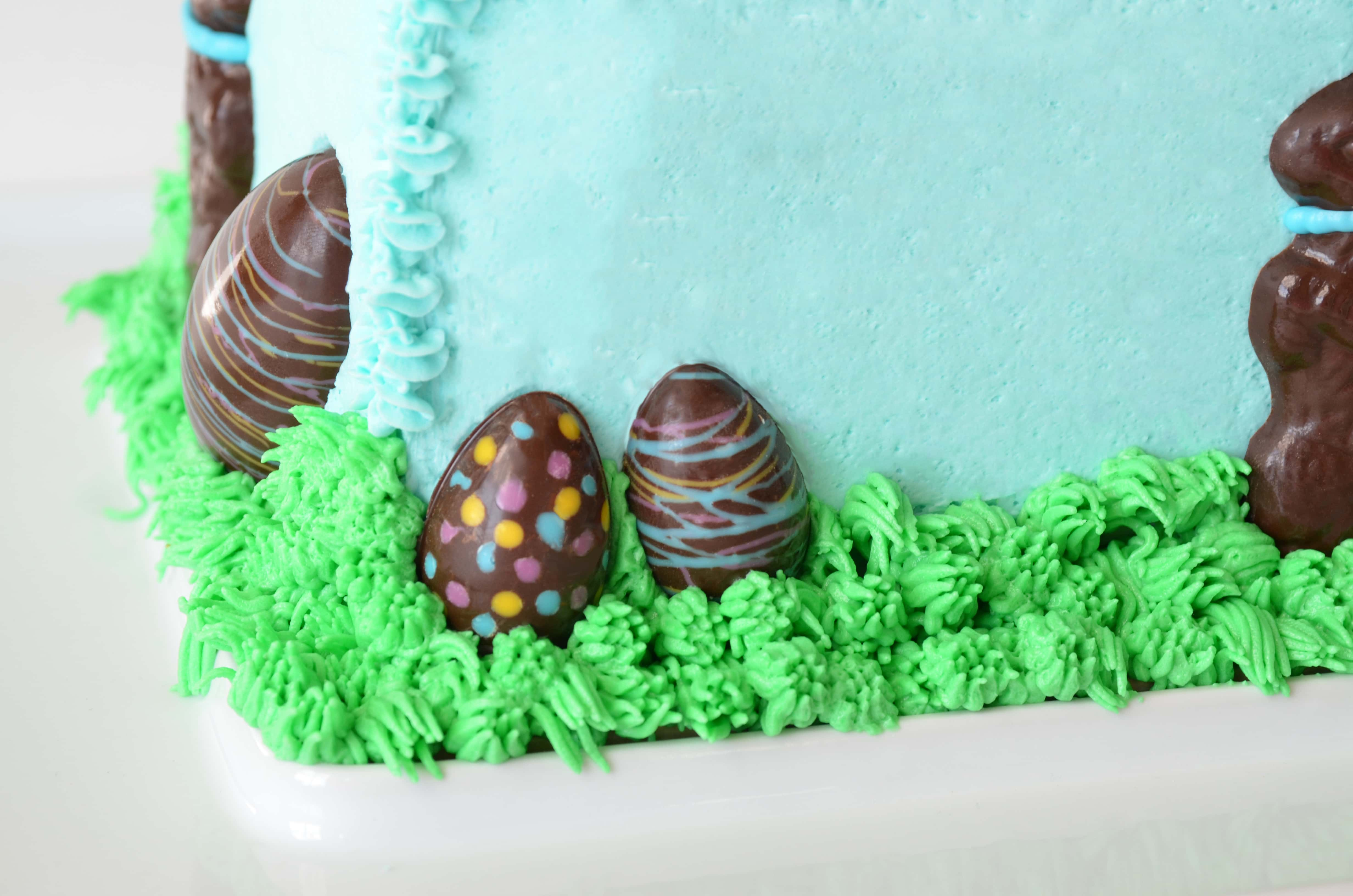 sn't love the Easter Bunny? Make this hippity-hoppity cake from scratch for your Easter celebration! impress the most discerning Easter guest. | vintagekitty.com