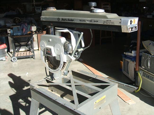 1 And 7 Band Saw Black Decker 2