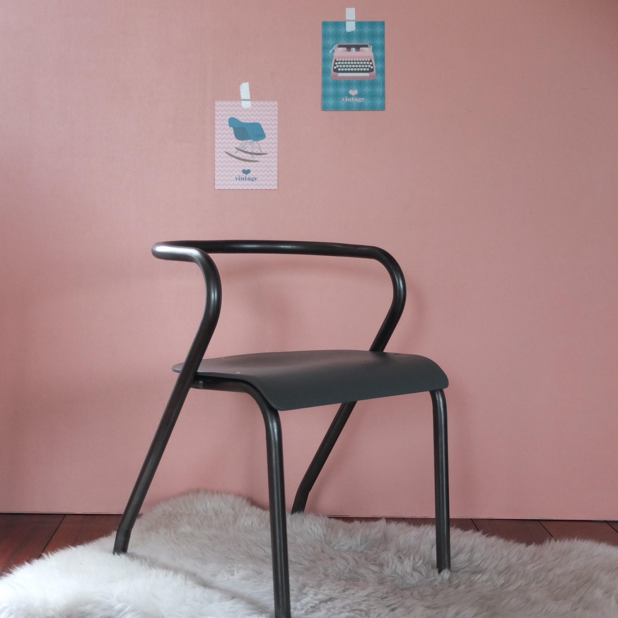 Chaise de maternelle Jacques Hitier