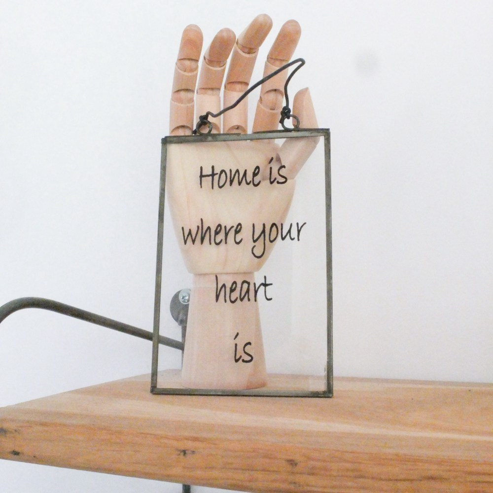 """Cadre """"home is where your heart is"""""""