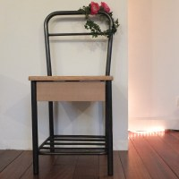 Chevet chaise d'internat